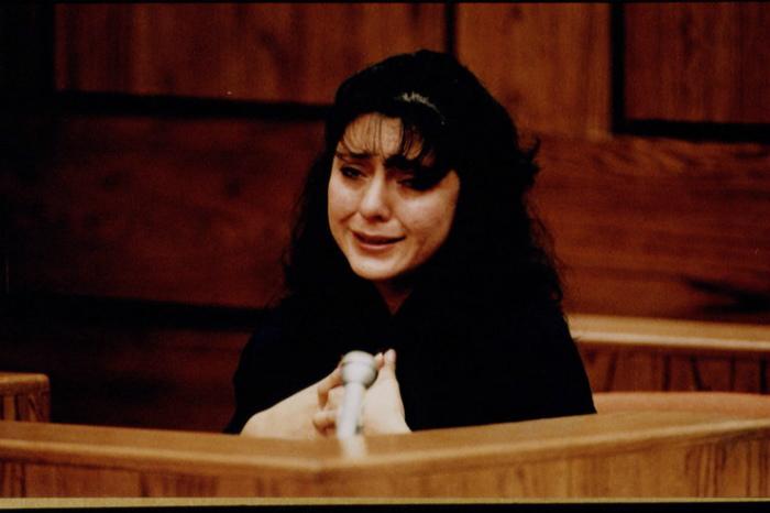 Лорена Боббит в суде.